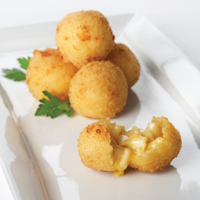 Truffle-Mac-&-Cheese-Fritter